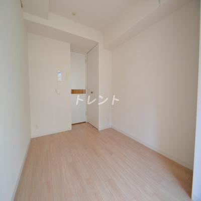 【居間・リビング】レジディア笹塚Ⅱ