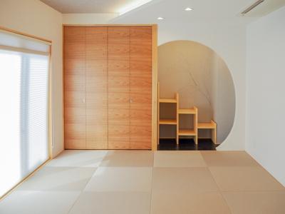 弊社モデルハウス:和室 物件から徒歩約1分の所にモデルハウスがあります。 すぐに見学可能ですのですのでお気軽にお越しください('ω')
