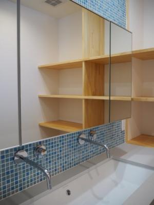 弊社モデルハウス:洗面所 物件から徒歩約1分の所にモデルハウスがあります。 すぐに見学可能ですのですのでお気軽にお越しください('ω')