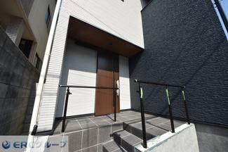 【玄関】畑原通1丁目新築戸建て
