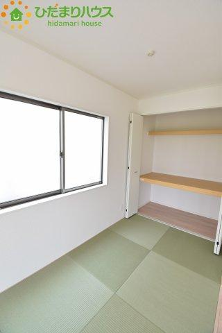 収納スペースのある畳コーナー!