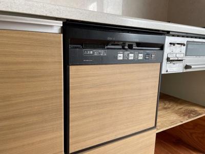 キッチンの食洗器は使用していなかった為、利用可能かわかりません
