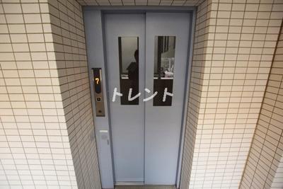 【エントランス】プラウドフラット早稲田