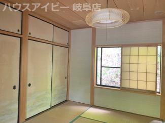 関市板取の別荘です。高台 ウッドデッキ・バーベキュースペースあります。少し降りていただくと釣り堀・板取温泉もあります。