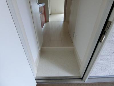 【玄関】リブリオリンピア