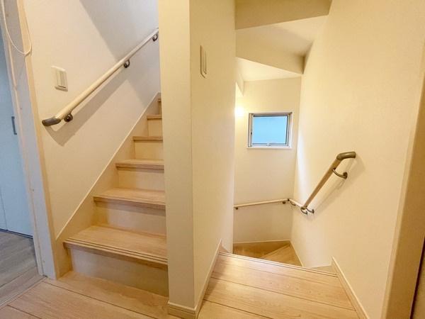 2階から3階への階段です