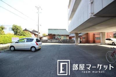 【駐車場】エトワール栄