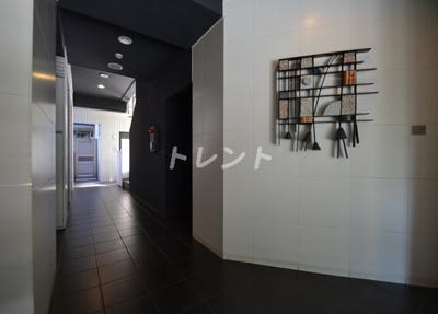 【エントランス】アジールコート西新宿