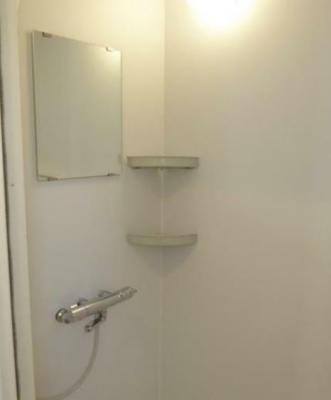 シャワールームございます。(同一仕様)