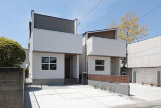 A棟(右側)B棟(左側)完成済です!本日、建物内覧できます。住ムパルまでお電話下さい!
