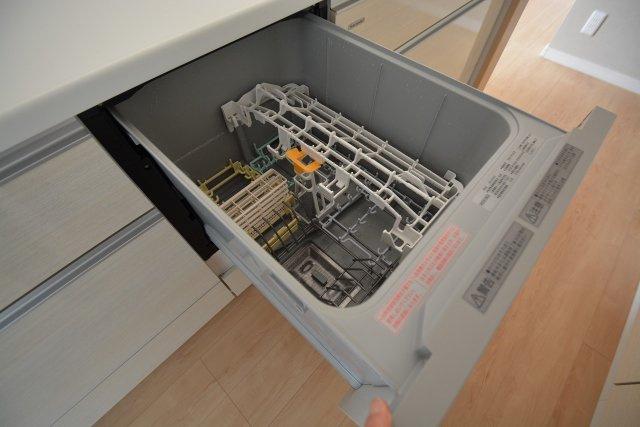 あると助かる食洗機。家事の手間を大幅サポート!しかも節水・滅菌効果までついてきます♪