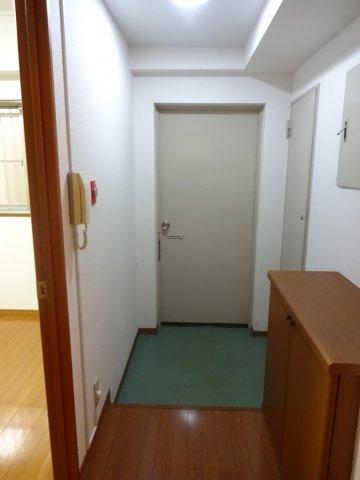 【玄関】三河台ハイツ