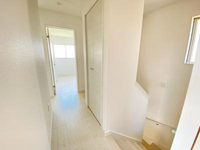 全居室収納完備です。2階廊下にも♪