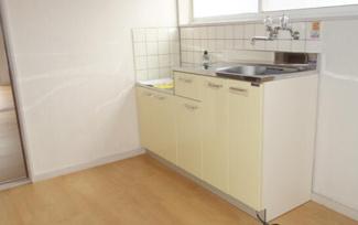 【キッチン】《高稼働!木造13.23%》仙台市太白区大谷地一棟アパート