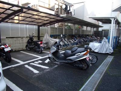 【駐車場】ホーユウコンフォルト大和中央