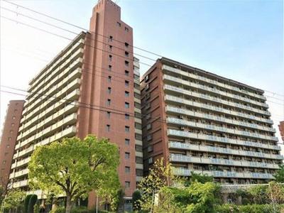 1991年3月に竣工したセンチュリーさくら16は鉄骨鉄筋コンクリート造の地上14階建てマンションです