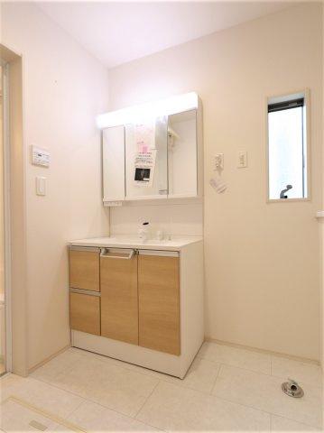 独立洗面台です 三郷新築ナビで検索