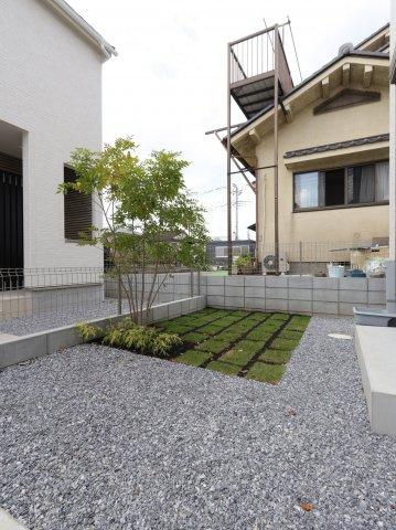 お庭でゆったりと過ごせます 三郷新築ナビで検索