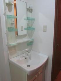 グランデュールSOGAの独立洗面台 別室参照
