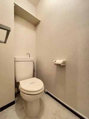 和室6帖のお部屋にある押入れです!押入れは寝具など、かさ張りやすいものの収納にぴったり☆お部屋すっきり片付きます♪※参考写真※