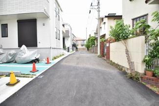 西武新宿線「東伏見」駅徒歩7分でアクセス可能です。