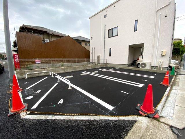新しくできた御器所の月ぎめ駐車場です