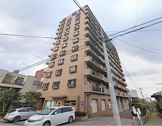 「 朝日パリオ狭山 」12階建マンション~西武新宿線「狭山市」駅徒歩4分、毎日の通勤や通学にはもちろん、深夜の帰宅時も安心