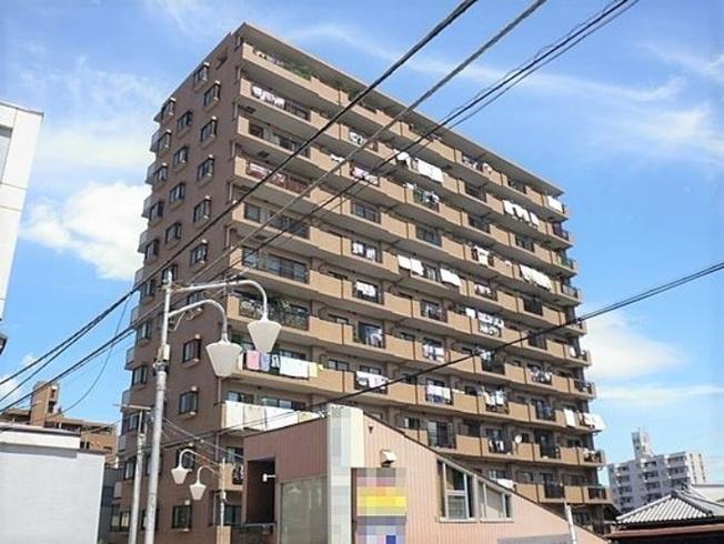 1993年9月築、総戸数66戸~きれいな外観