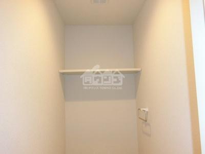 トイレの上棚・y.クラージュ
