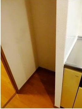 冷蔵庫置き場もありますよ☆TVモニター付オートロック(同一仕様写真)