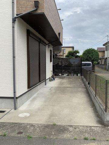 駐車スペース(2台分)完備されております。