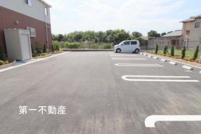 【駐車場】ブリックファイン 3