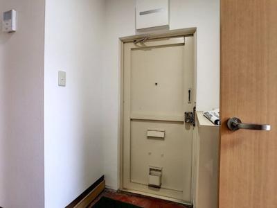 【玄関】富任シーコーポラス6号棟 10号室
