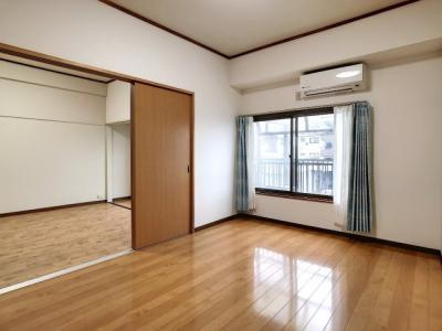 【居間・リビング】富任シーコーポラス6号棟 10号室