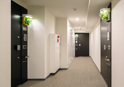 内廊下設計により、雨風の影響を受けないので、マンションも綺麗に保てます。