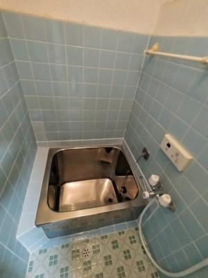 【浴室】三箇6丁目貸家