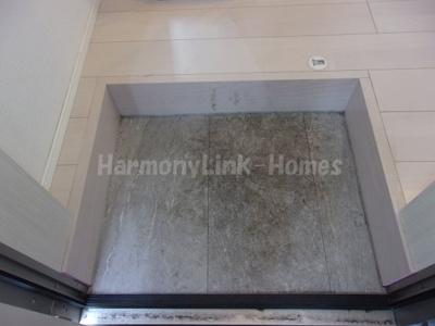 ハーモニーテラス西加平の玄関です
