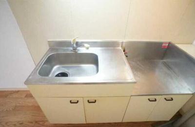 【キッチン】クレール三宿 A棟 バストイレ別 室内洗濯機置場 TVドアフォン