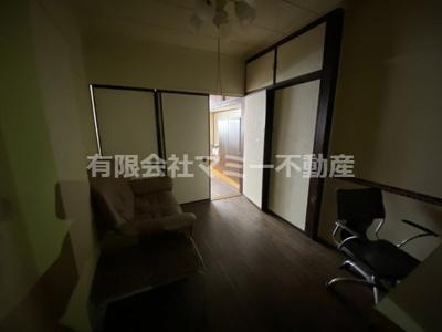 3階 手前の部屋