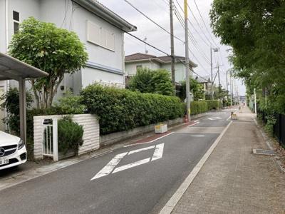 【前面道路含む現地写真】鴻巣市ひばり野1丁目 売地