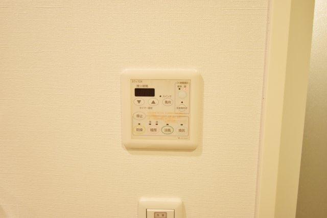 浴室乾燥機があると便利です。