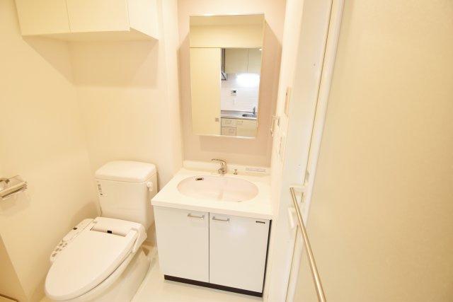うれしい独立洗面台も完備。