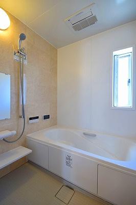 【ピース・クレアA棟】コンパクトな洗面台※前回募集時の室内写真です。