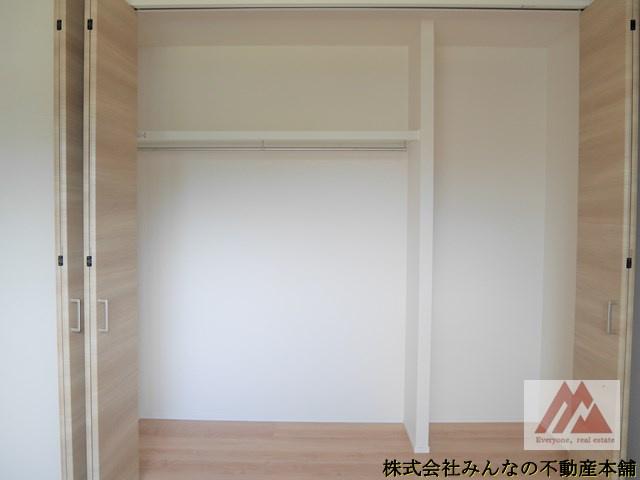 【収納】アークテラス姫方Ⅱ 1号棟 サンプラザホーム