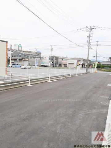 【前面道路含む現地写真】アークテラス姫方Ⅱ 1号棟 サンプラザホーム