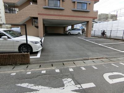 【駐車場】フォーリスト