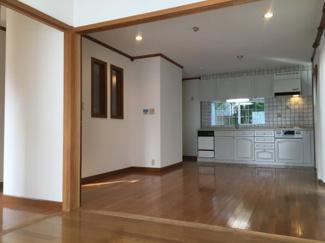 【居間・リビング】松山市 石手白石 中古住宅 26.29坪