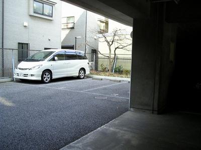 敷地内駐車場 「ハイム吉川 」のことなら(株)メイワ・エステートへ