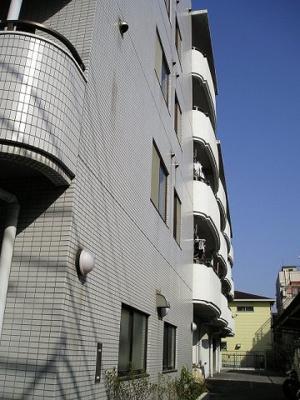 東側 「ハイム吉川 」のことなら(株)メイワ・エステートへ
