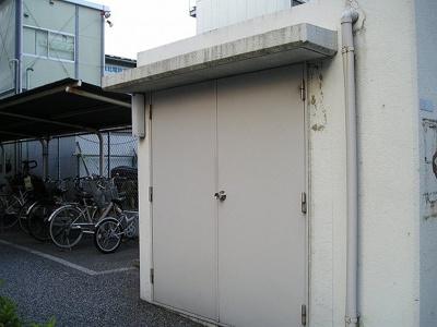 敷地内ゴミ置き場 「ハイム吉川 」のことなら(株)メイワ・エステートへ